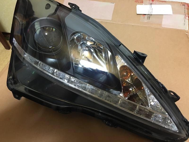 社外ヘッドライト交換します。の写真