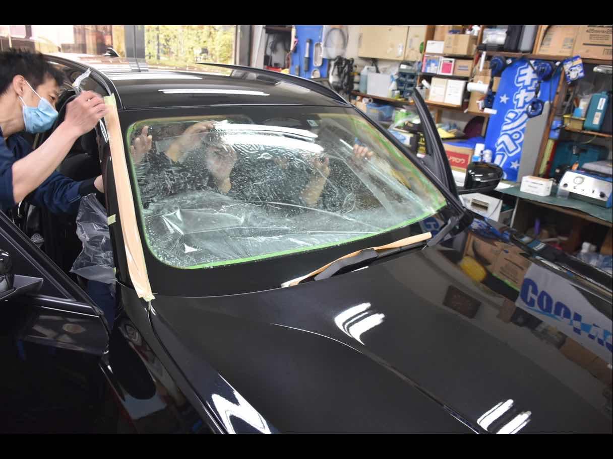 プロの仕上がり🚘国産車・輸入車のカーフィルム施工致します!の写真