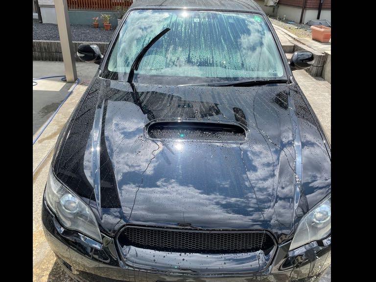 丁寧に洗車させてください。の写真